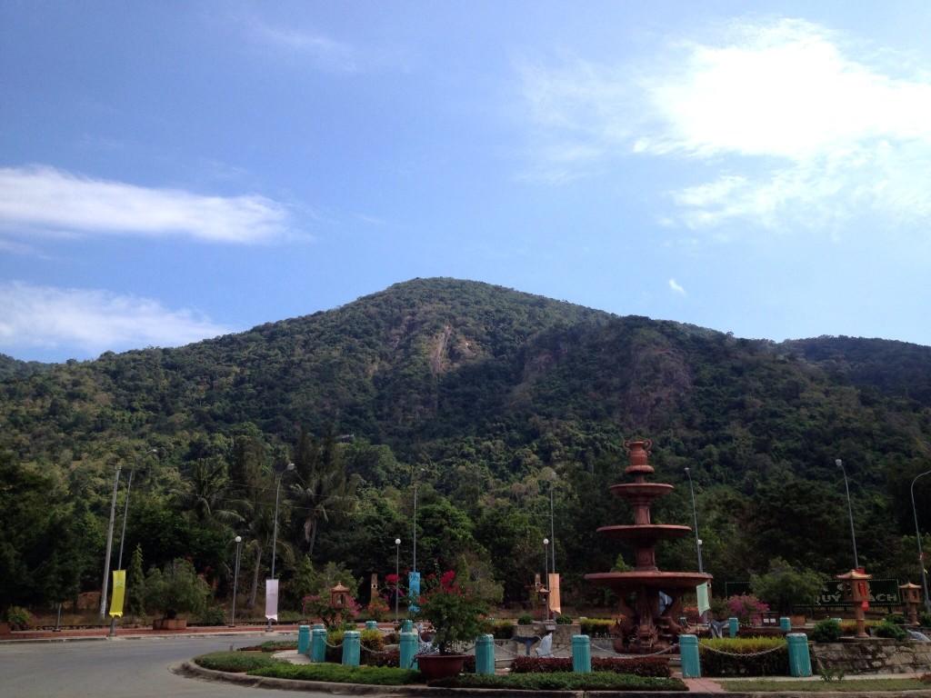 Gora Taku