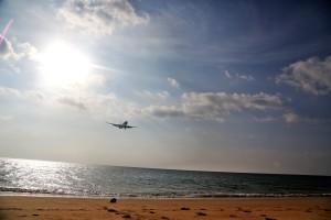 пляж пхукет самолет
